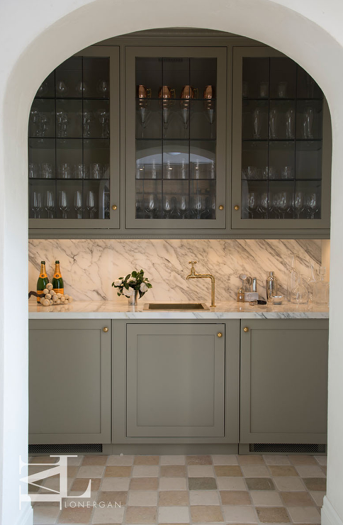 Creamy Gray Shaker Wet Bar Cabinets With Checkered Floor Tiles