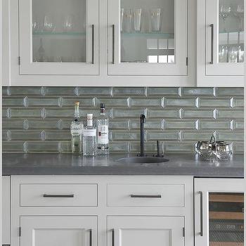 Thin Horizontal Gray Glass Backsplash Tiles Design Ideas