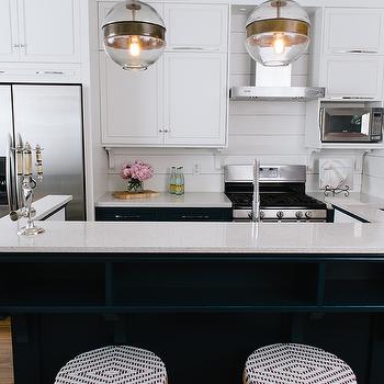 U Shaped Kitchen With Center Island Design Ideas