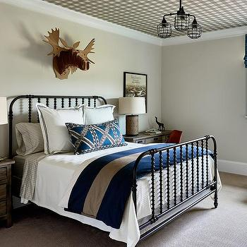 Plaid Bedding Design Ideas