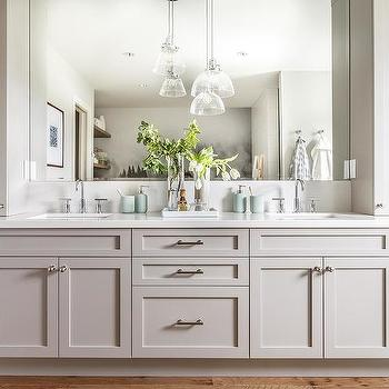 Bath Vanity With Staggered Hanging Lights Design Ideas