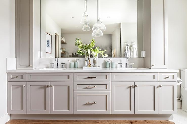 White Shaker Dual Vanity Design Ideas