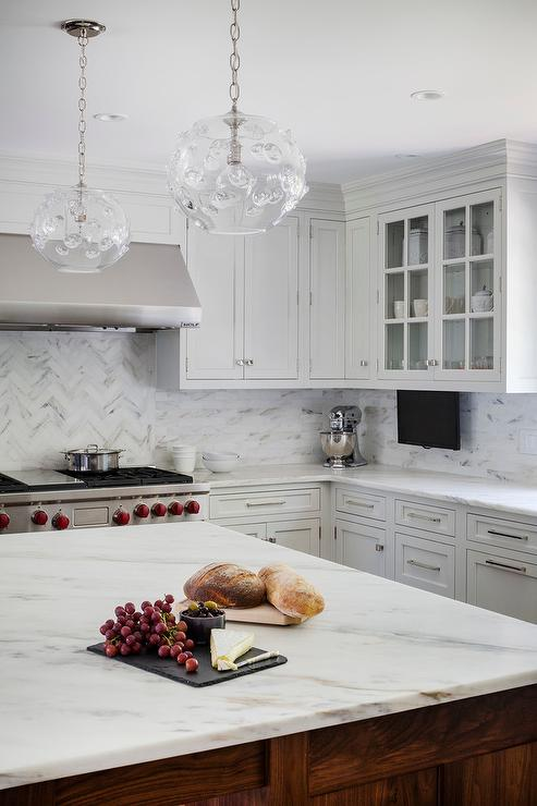 Marble Herringbone Cooktop Tiles With Thin Marble