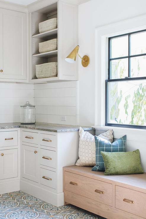 Fine Pink Tone Oak Window Seat Drawers Design Ideas Short Links Chair Design For Home Short Linksinfo