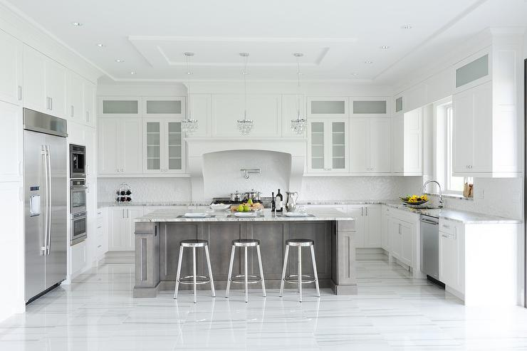 Granite Slabs For Photo Booth : White bamboo counter stools transitional kitchen