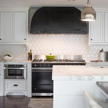 White Quilted Kitchen Backsplash Tiles Design Ideas