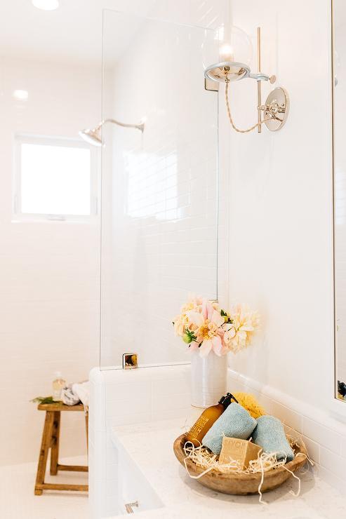 Pony Wall In Bathroom Design Ideas