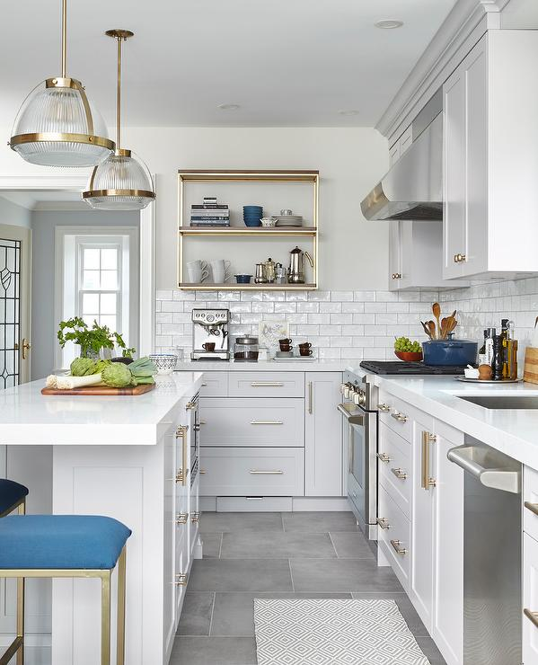 Blue Gray Kitchen Paint: Light Gray Glass Diamond Pattern Tiles
