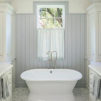 Tub Between Wastsands Cottage Bathroom