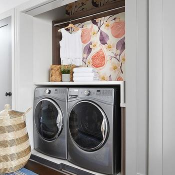 Laundry Room Folding Doors Design Ideas