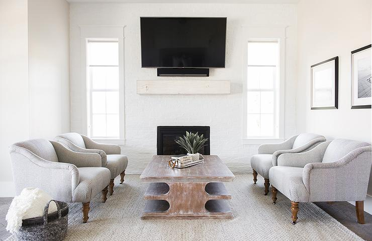 Living Room Tv Between Windows Design Ideas