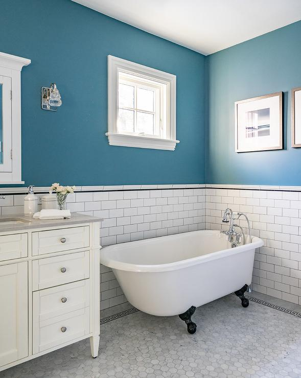 Black Claw Feet on White Vintage Bathtub - Transitional - Bathroom