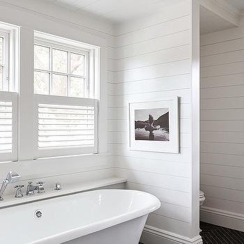 Black And White Bathroom Clawfoot Tub