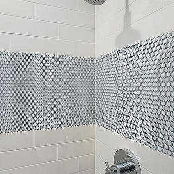 Staggered White Shower Tiles Design Ideas
