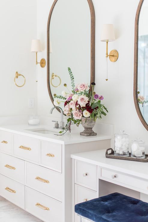 Light Gray Bath Vanity With Large Oval, Large Oval Mirror Bathroom