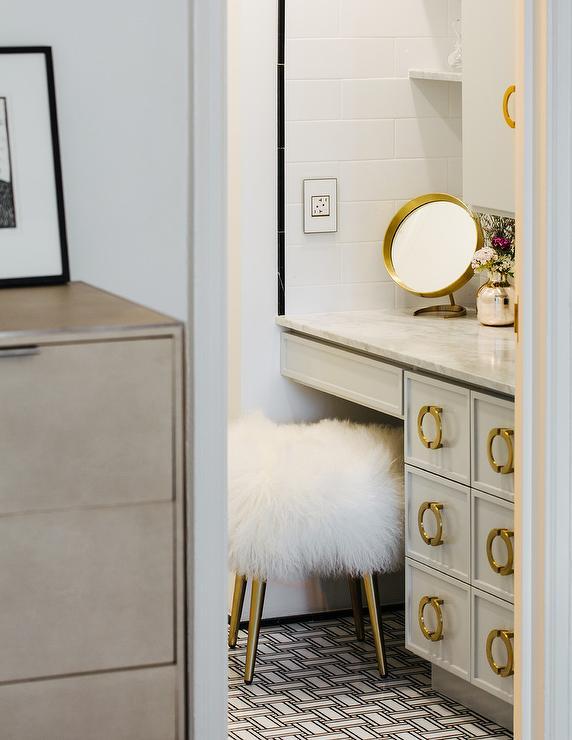 Malachite Chest Contemporary Bathroom