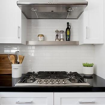 Small White Horizontal Kitchen Wall Tiles Design Ideas
