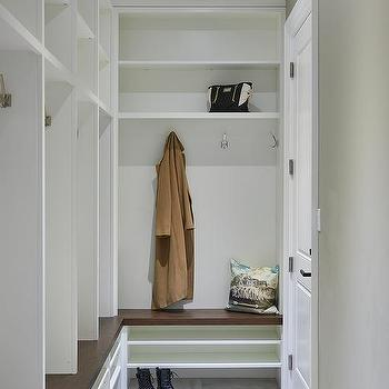 Small L Shaped Mudroom Bench And Lockers
