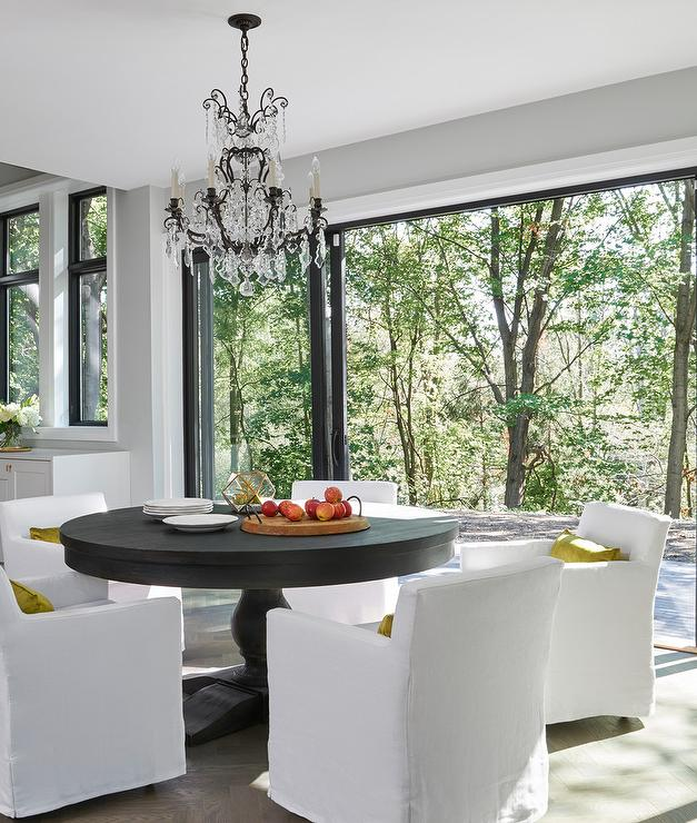 Amazing Low Back White Slipcover Chairs With Round Dark Stained Beatyapartments Chair Design Images Beatyapartmentscom