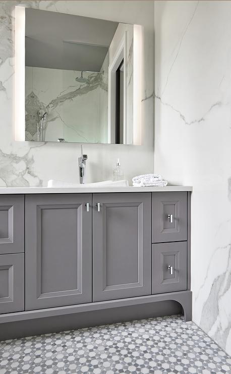 Nice 1930S Floor Tiles Reproduction Small 2 X 4 Ceiling Tiles Round 2 X2 Ceiling Tiles 20 X 20 Ceramic Tile Young 2X4 Vinyl Ceiling Tiles Coloured2X4 White Subway Tile White And Gray Mosaic Bath Floor Tiles   Transitional   Bathroom