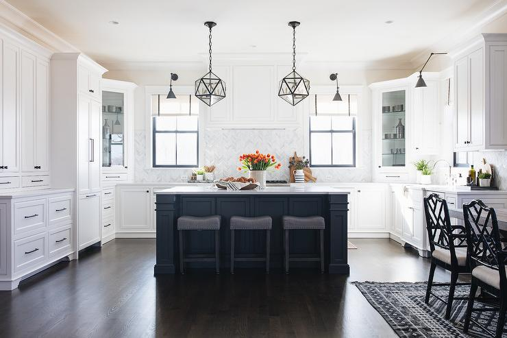 White Kitchen Cabinets With Oil Rubbed Bronze Hardware