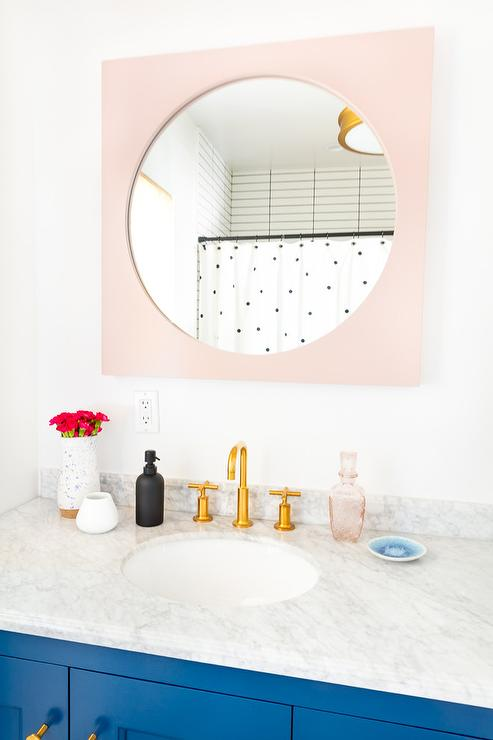 Bathroom Faucets Red And Blue Strips Ion Handles: Glossy Pink Lacquered Washstand With Chevron Mirror