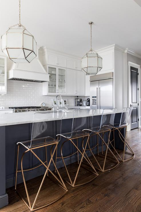 Swell Charcoal Gray Island With Lucite And Gold Counter Stools Inzonedesignstudio Interior Chair Design Inzonedesignstudiocom