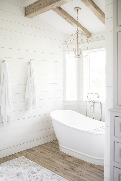Bathrooms bathtub nook for Alcove bathtub dimensions