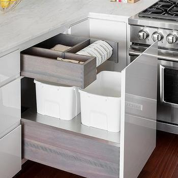 Kitchen Island Waste Drawer Design Ideas
