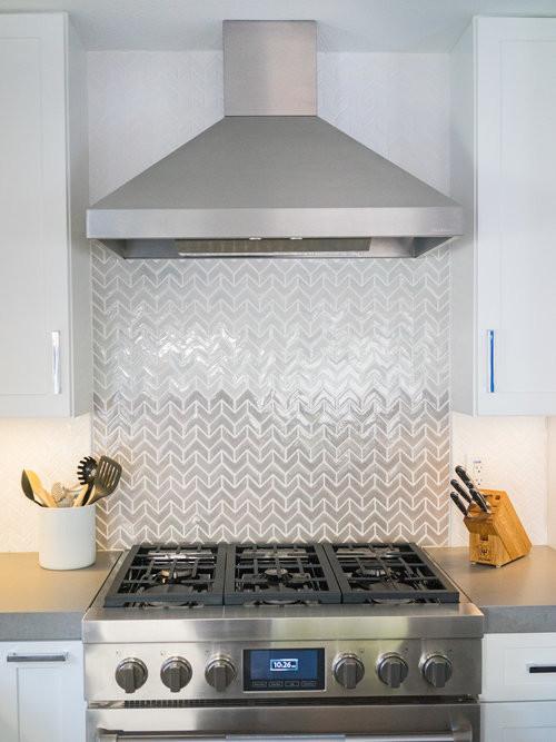 White Quartz Backsplash Design Ideas