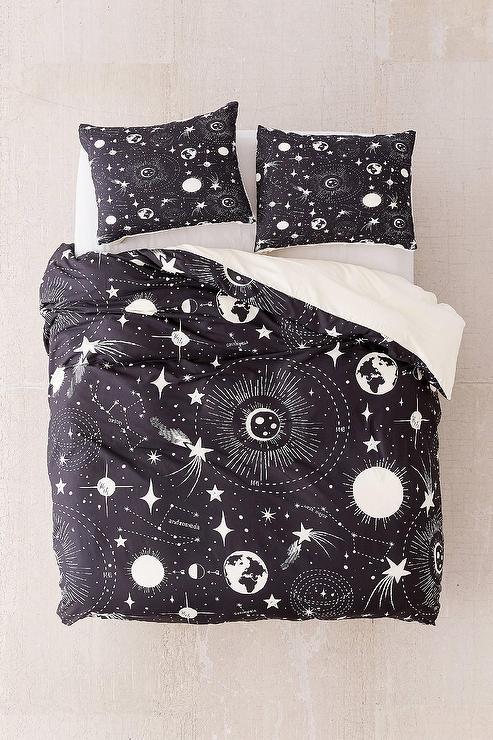 blue solar system quilt. Black Bedroom Furniture Sets. Home Design Ideas
