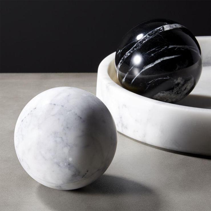 Black White Marble Spheres Table Decor