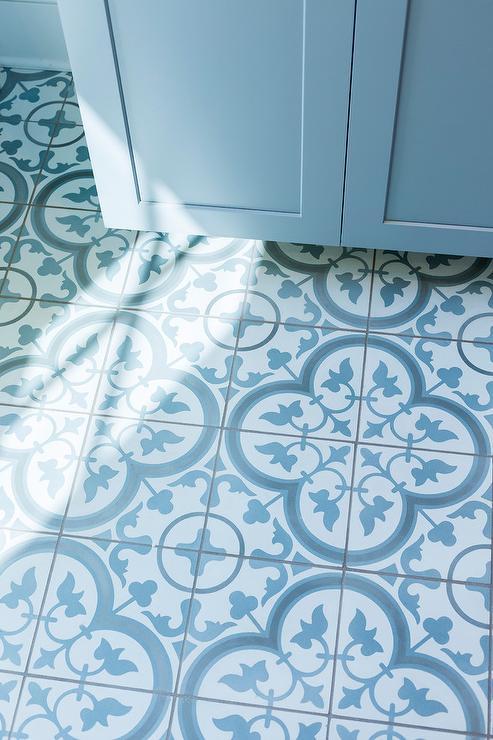 Quatrefoil Floor Tiles Design Ideas