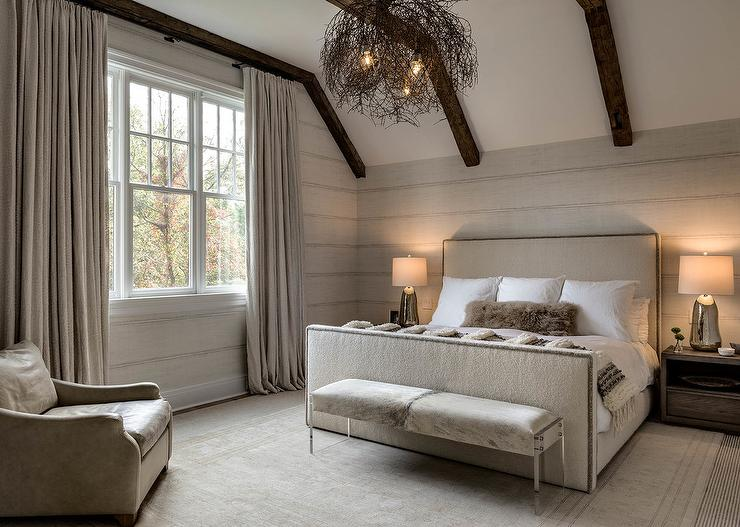 Ivory Tufted Bench On Caster Legs Transitional Bedroom