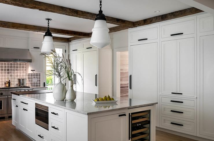 Floor To Ceiling White Shaker Kitchen Cabinets