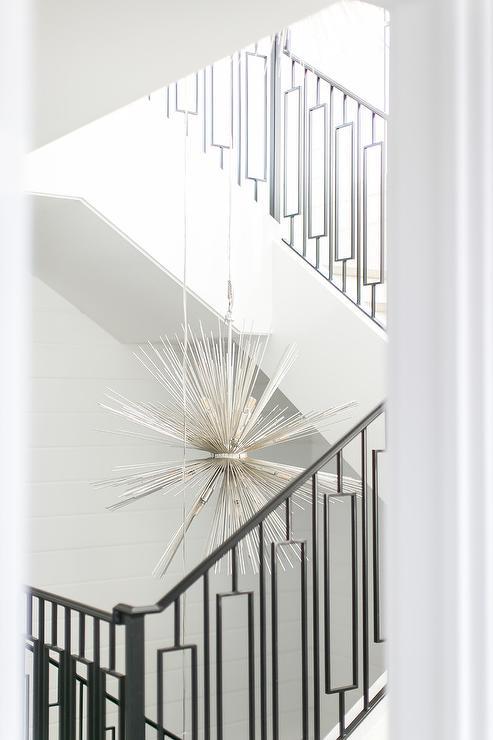 Attirant Silver Sputnik Staircase Chandelier