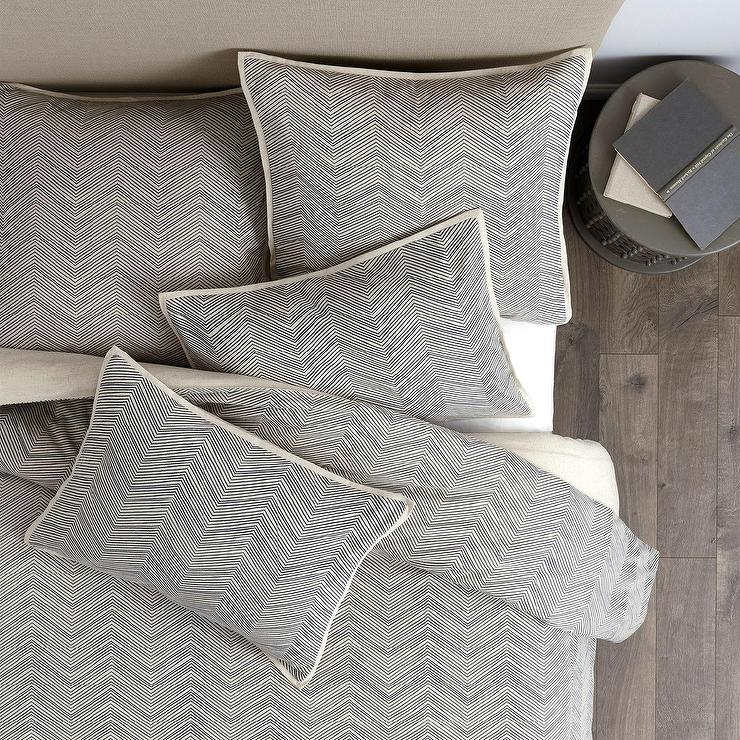 Beige Geometric Bedding