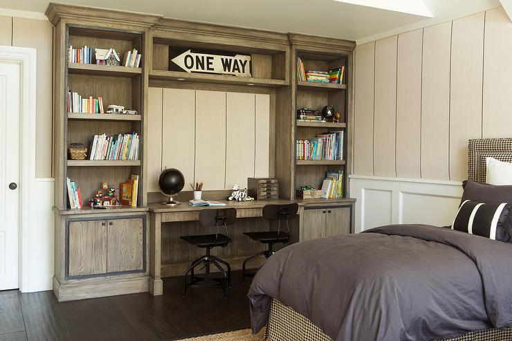 Oak Kids Desk with Oak Bookshelves - Cottage - Boy\'s Room