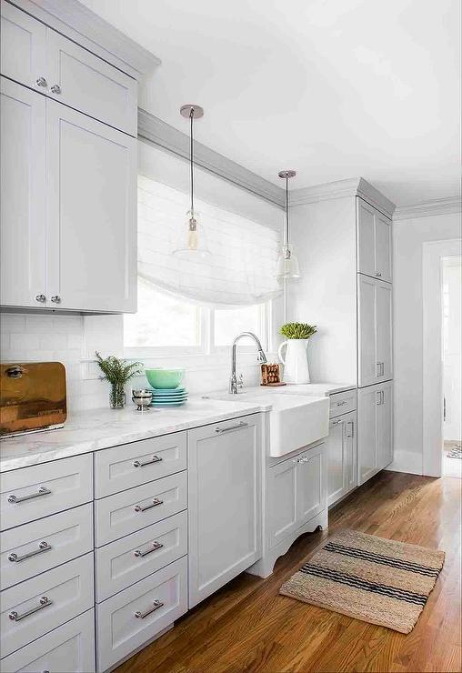 Attrayant Light Gray Cabinets With Bell Jar Lanterns