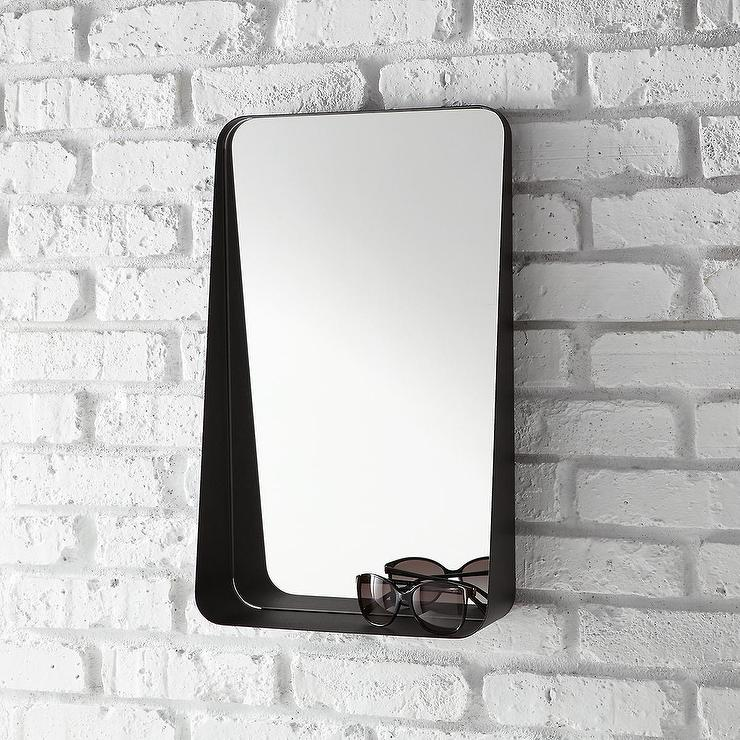 Black Vertical Arch Iron Wall Mirror