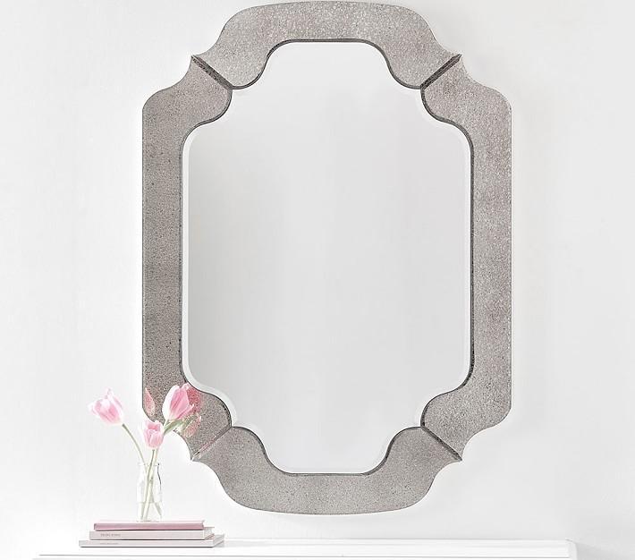 Stacked Scalloped Diamond Mirror