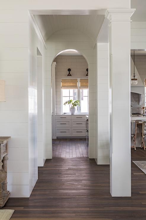 Arched Doorway To Kitchen