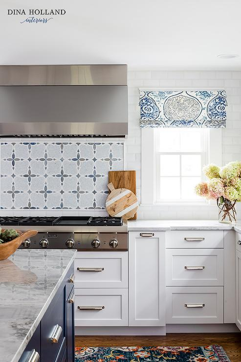 White And Blue Mosaic Cooktop Backsplash Tiles