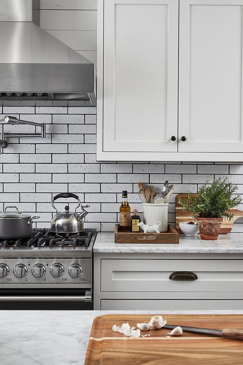 Long Kitchen Hood Design Ideas