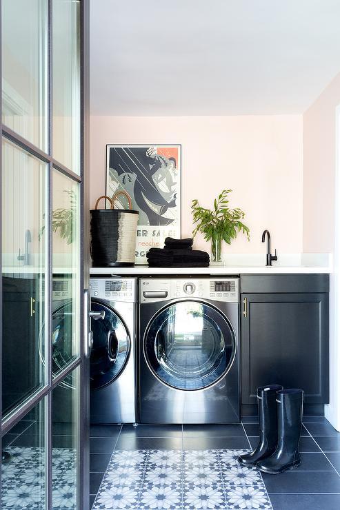 Black And White Checkered Laundry Room Floor Tiles
