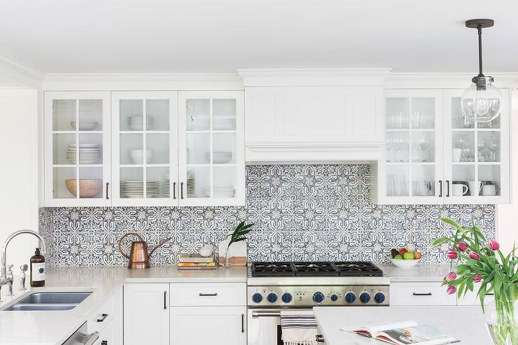 Walker Zanger Duquesa Fatima Mezzanotte Tiles Transitional Kitchen