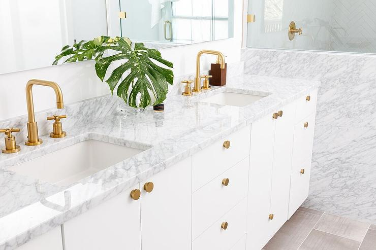 Gray Shaker Bath Vanity With Brass Hexagon Knobs