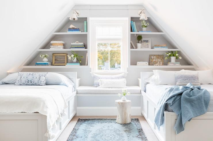 Miraculous Alyssa Rosenheck Built In Window Seat Between Beds Bralicious Painted Fabric Chair Ideas Braliciousco