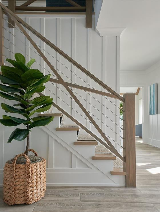 Exceptionnel Wire And Wood Staircase Railing