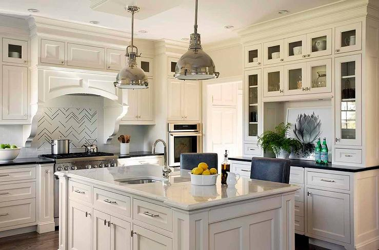 Ivory Cabinets With Black Countertops Design Ideas